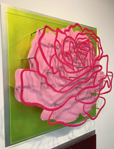 Acrylic Glass Rose - Pink  on Lime Green